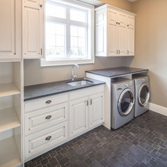 traditional laundry room by Heather Brook