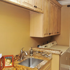 Laundry Room by Bella Luna Services, Inc.
