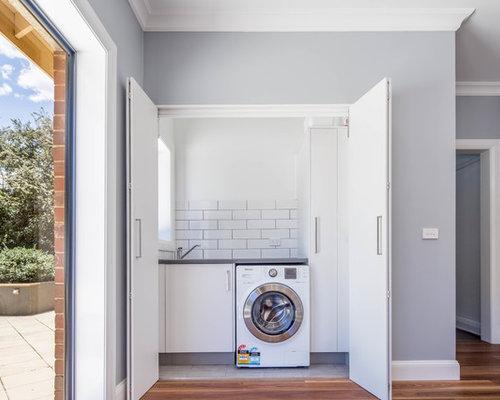 Skandinavischer hauswirtschaftsraum mit waschmaschinenschrank ideen