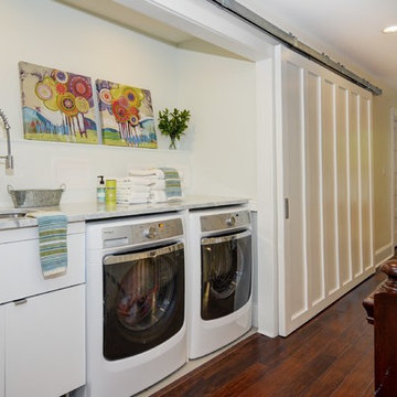 Hallway Laundry Space