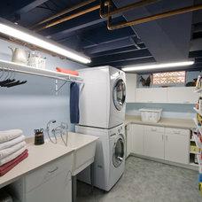 Laundry Room by Custom Design/Build, Inc.