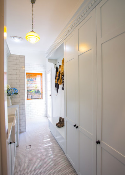 Traditional Laundry Room by Makings of Fine Kitchens & Bathrooms