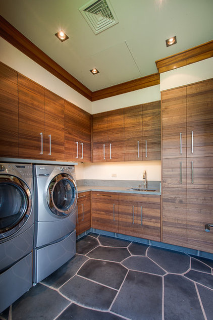 Tropical Laundry Room by Norelco Cabinets Ltd