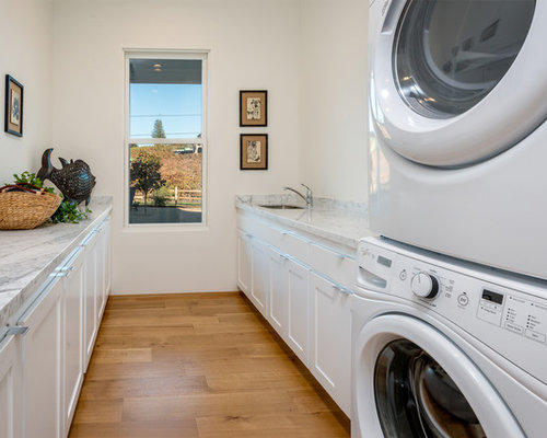 Farmhouse Laundry Room Design Ideas, Remodels & Photos ...
