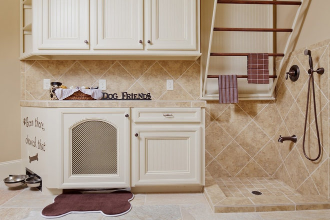 traditional laundry room by Morning Star Builders LTD