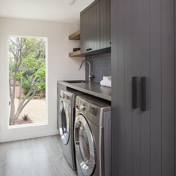 Highland Park Laundry Room