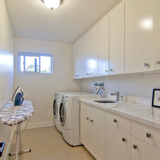 Modern Laundry Room by Struthers Dias Architects