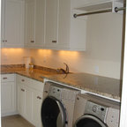 Holz Residence - Traditional - Laundry Room - Charlotte - by Hardwood Creations