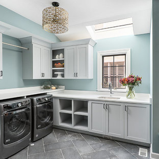 Inspiration for a transitional laundry room remodel in Chicago