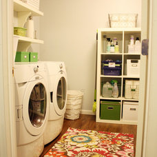 Eclectic Laundry Room I heart organizing