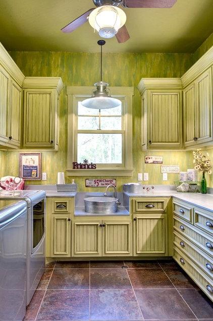 Rustic Laundry Room by Ellis Custom Homes LLC