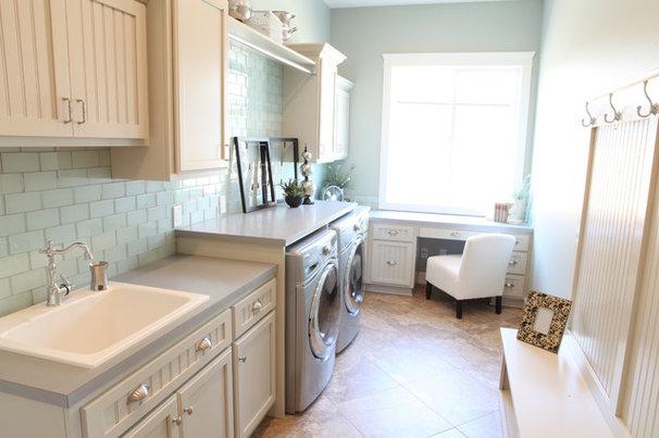 Laundry Room by Valiant Homes