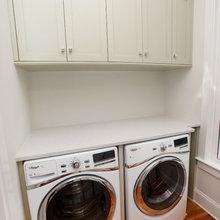 beach house laundry room