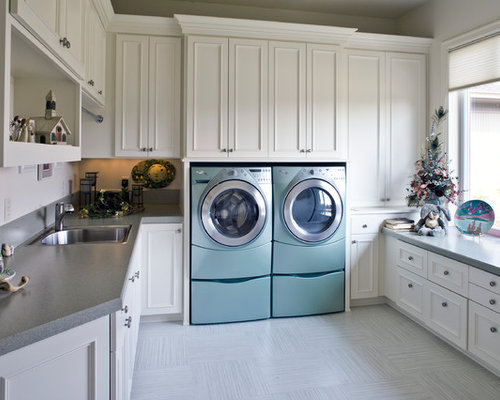 Large Laundry Room Home Design Ideas, Pictures, Remodel and Decor