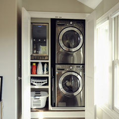 contemporary laundry room by Ketron Custom Builders