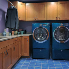 Traditional Laundry Room by Kitchen Designs by Ken Kelly, Inc. (CKD, CBD, CR)