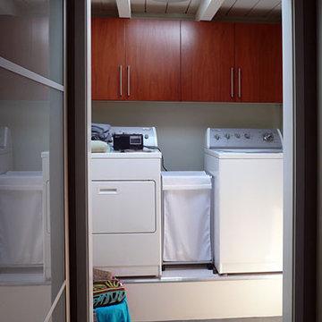 Klopf Architecture - Laundry Room