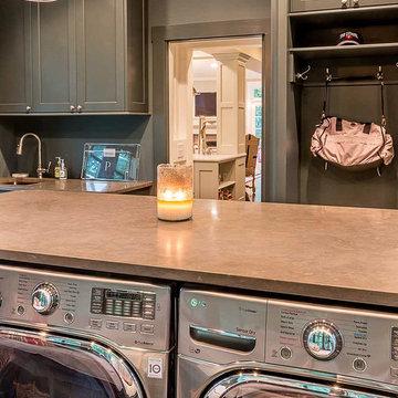 Laundry & Mud Room - Glen Ellyn, IL