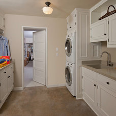 Traditional Laundry Room by Kiyohara Moffitt