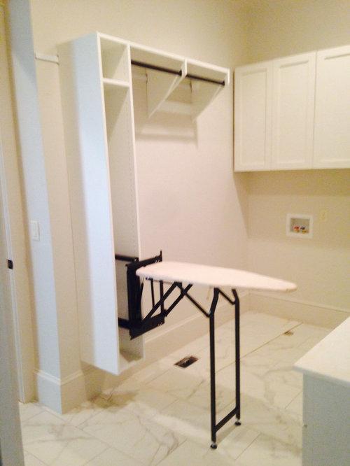 minimalist laundry room photo in birmingham