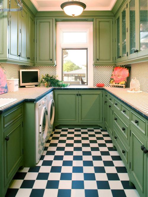 waschk che mit arbeitsplatte aus fliesen ideen design bilder houzz. Black Bedroom Furniture Sets. Home Design Ideas