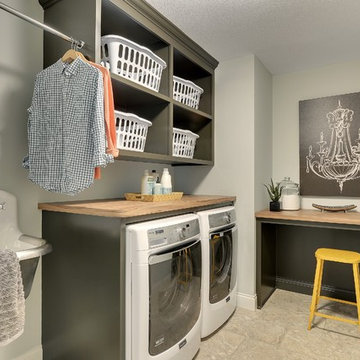 Laundry Room – Coyote Song Model – Fall Parade 2014