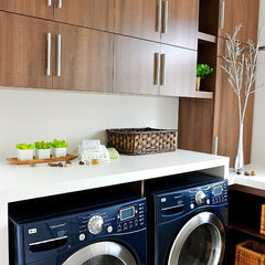 contemporary laundry room by ÉBÉNISTERIE A. BEAUCAGE
