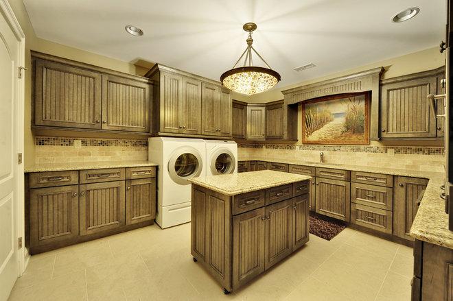 Traditional Laundry Room by Echelon Custom Homes