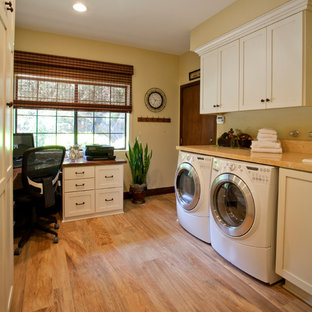 Laundry Room / Home Office