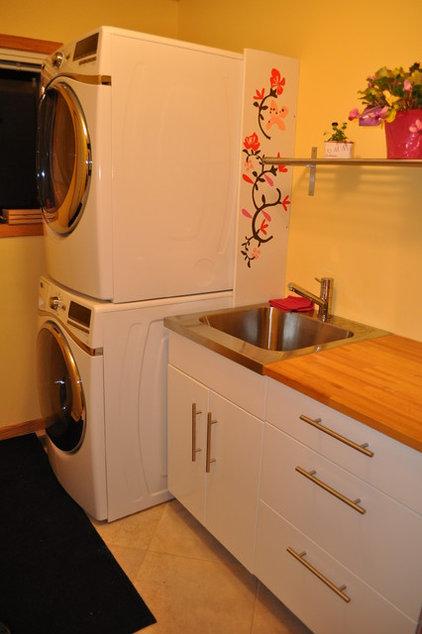 Contemporary Laundry Room Laundry room