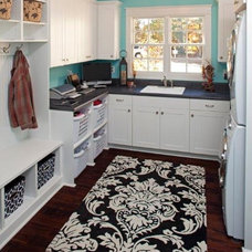 Contemporary Laundry Room Laundry room/Mudroom