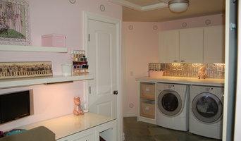Laundry Room Pearl Glaze and Slate Stencils