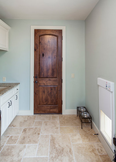 Traditional Laundry Room by Jenkins Custom Homes