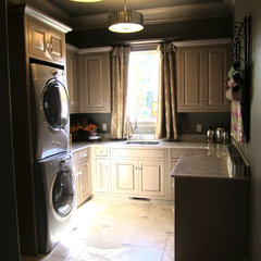 traditional laundry room by BELLA VICI & haute + box