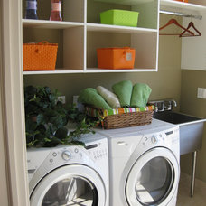 Traditional Laundry Room by Follyn Builders & Developers