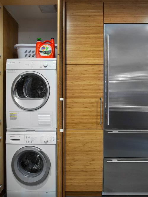 hauswirtschaftsraum mit waschmaschinenschrank und waschmaschine und trockner versteckt ideen. Black Bedroom Furniture Sets. Home Design Ideas