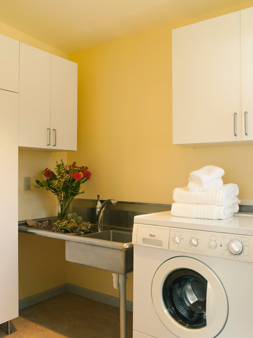 30 Trendy Midcentury Modern Laundry Room with Yellow Walls Design ...