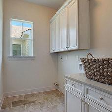 Traditional Laundry Room by Conbeth Inc.