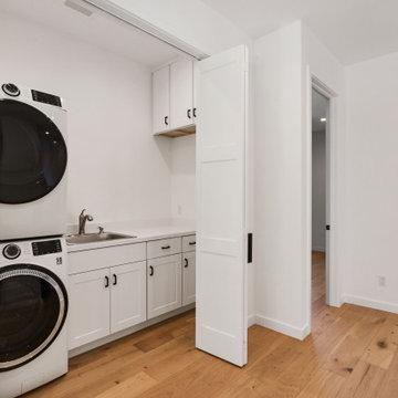 Mariposa // Laundry