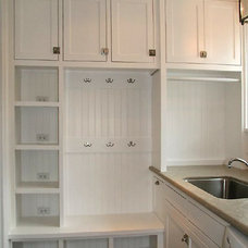 Traditional Laundry Room by English Heritage Homes of Texas