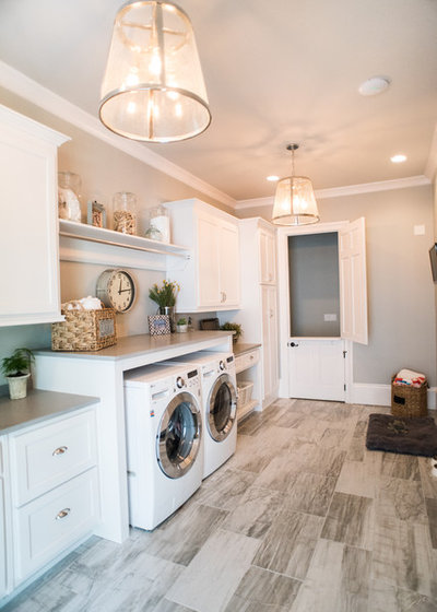 Farmhouse Laundry Room by Artisan Design Studio
