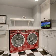Traditional Laundry Room by Great Neighborhood Homes