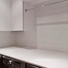 Modern Laundry Room by BiglarKinyan Design Planning Inc.