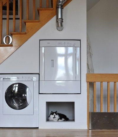 Eclectic Utility Room by John Hannah Architectural Design & Rendering