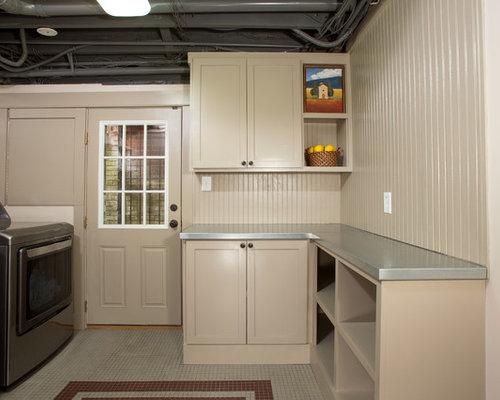 buanderie moderne avec un mur beige photos et id es d co. Black Bedroom Furniture Sets. Home Design Ideas
