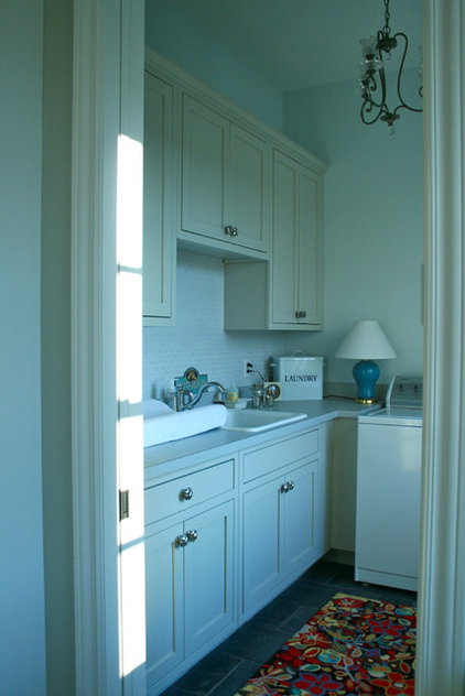 Traditional Laundry Room mudroom / 2nd laundry room