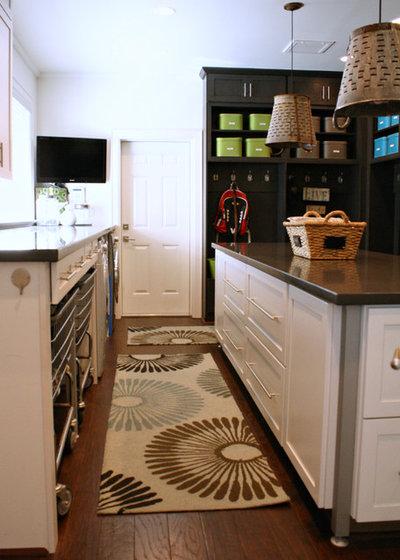 Transitional Laundry Room by Mina Brinkey