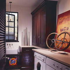 traditional laundry room by Sennikoff Architects