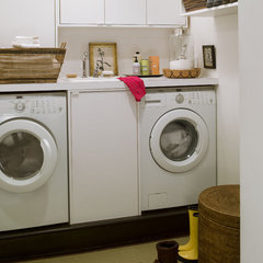 contemporary laundry room by Thom Filicia Inc.