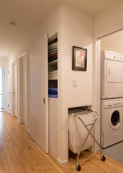 Midcentury Laundry Room by mitchell holladay architects